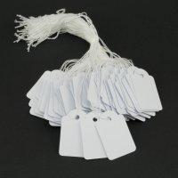 100 Hängeetiketten mit Faden 28x43 mm