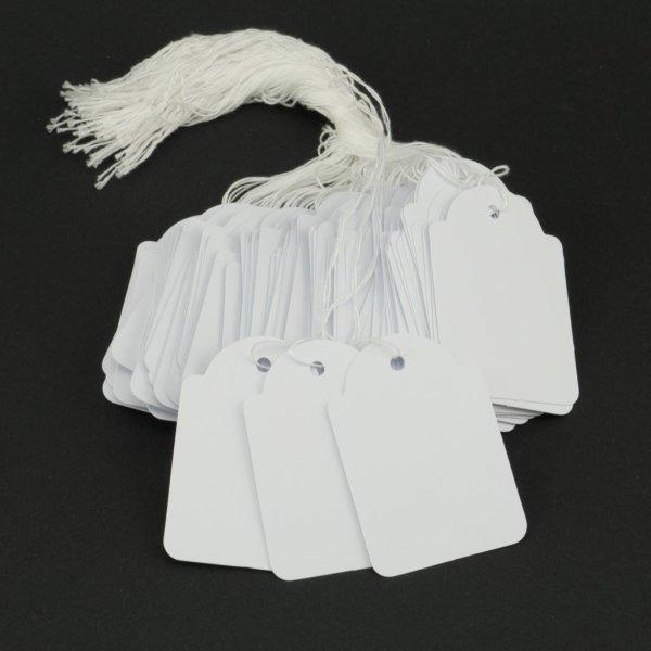 100 Hängeetiketten mit Faden 50x70 mm